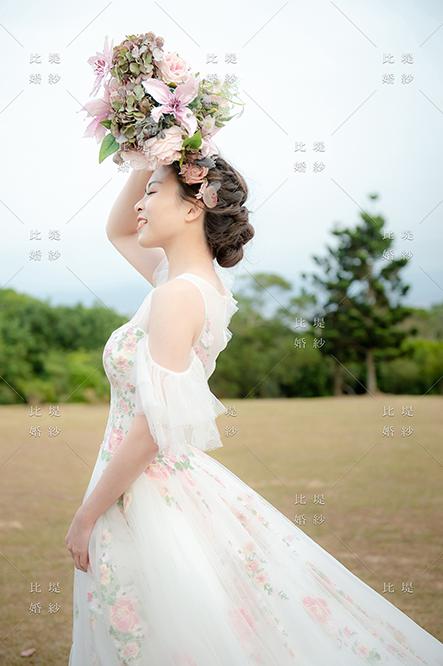 比堤婚紗 推薦新人:小銘&小小 彩色蕾絲白紗