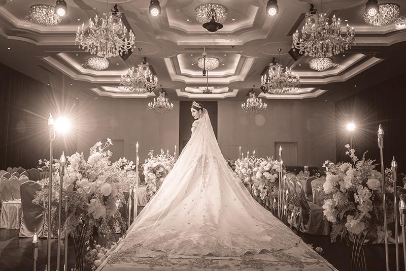 奢華婚禮主題禮服 進場白紗