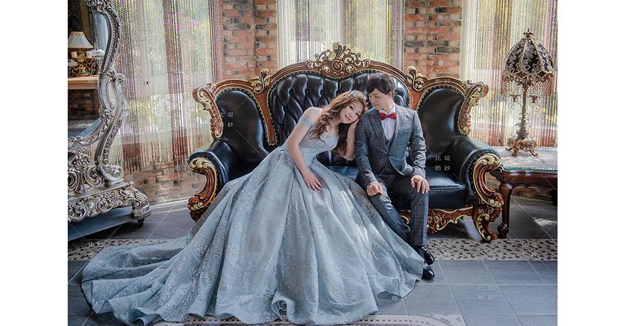比堤婚紗 推薦新人:士愷&薇函 攝影棚 躺在老公肩膀上