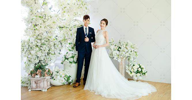 比堤婚紗 推薦新人:Mark Pan&Mei Rong 棚內白花