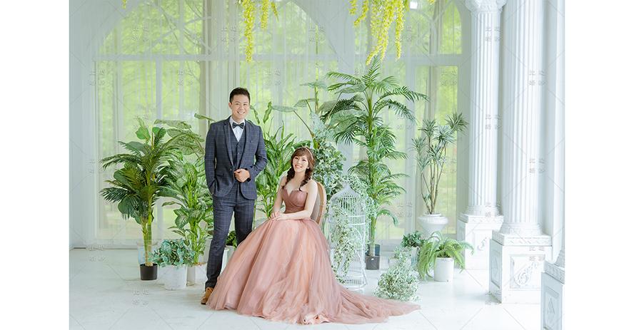 拍婚紗 價格 比堤婚紗 推薦新人:K.B.&Wendy 古銅金晚禮服